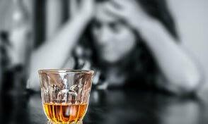 二日酔いの原因と対策<飲む前の二日酔い対策方法>
